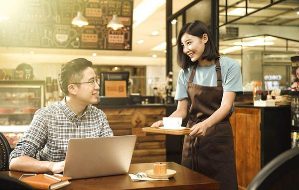 周年庆餐饮店群发短信内容模板,赢得更多客户