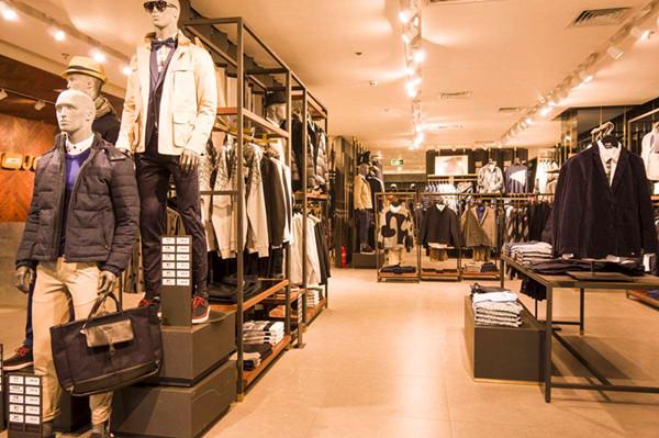 男装店新品上市  如何编辑群发短信内容吸引客户