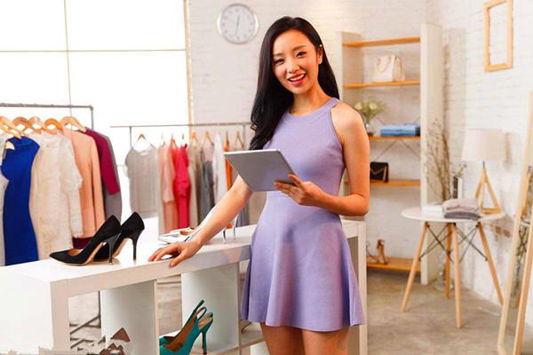 服装店给顾客发短信内容怎么写